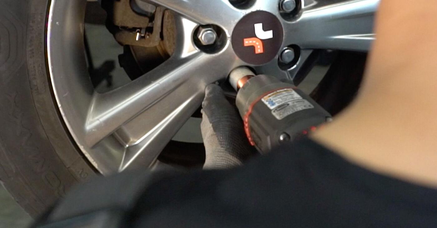 LEXUS RX 2004 Blazilnik priročnik za zamenjavo s koraki