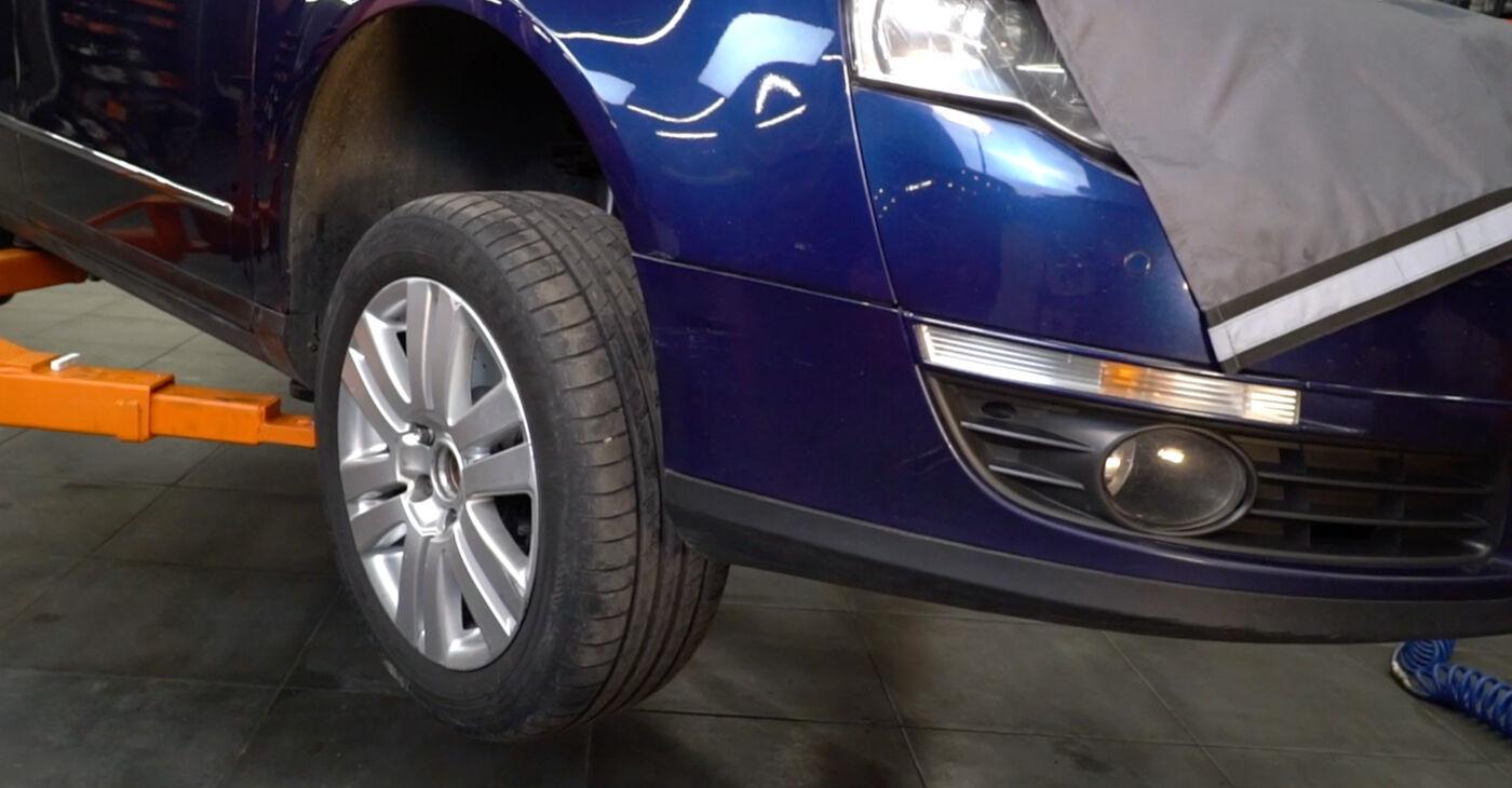 Podrobné odporúčania pre svojpomocnú výmenu Passat 3c 2006 2.0 TDI 4motion Klinový rebrovaný remen