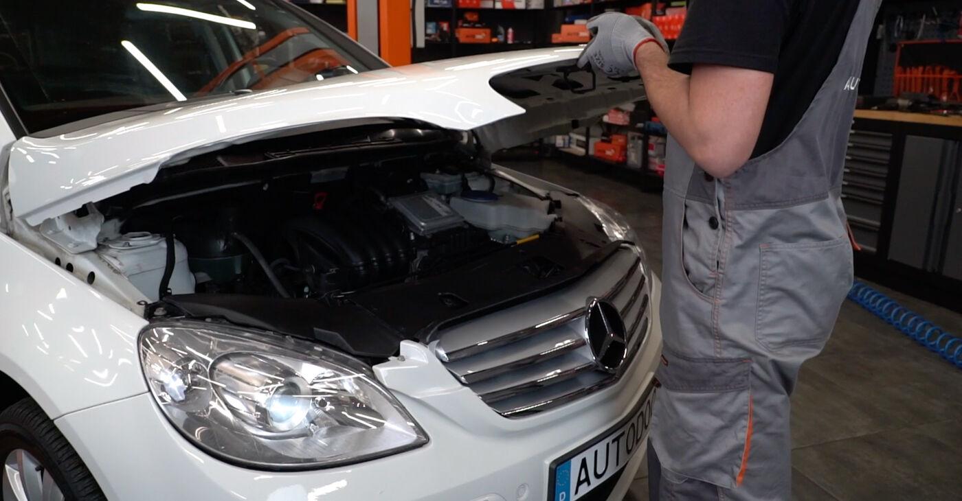 Kā nomainīt Bremžu diski Mercedes W245 2004 - bezmaksas PDF un video rokasgrāmatas