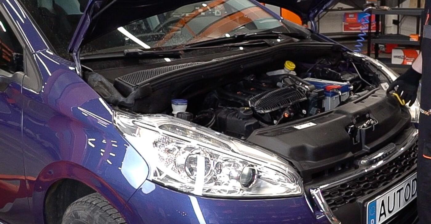 Kā nomainīt Salona filtrs Peugeot 208 1 2012 - bezmaksas PDF un video rokasgrāmatas