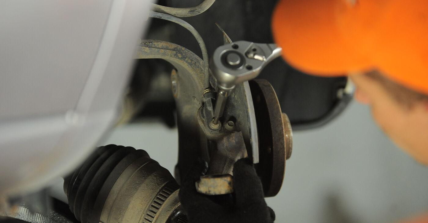 Wie man VW SHARAN (7M8, 7M9, 7M6) 1.9 TDI 1996 Radlager austauscht - Schritt-für-Schritt-Tutorials und Videoanleitungen
