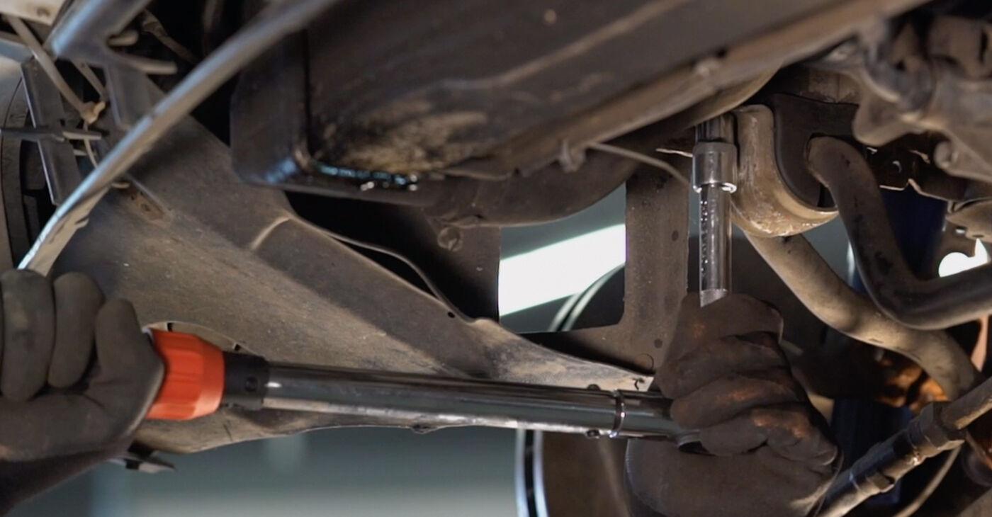 Kā nomainīt BMW 3 Touring (E46) 2002 Stabilizatora Bukses - padomi un ieteikumi