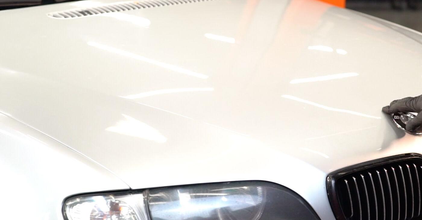 Kā nomainīt BMW 3 Touring (E46) 320d 2.0 1999 Bremžu šļūtene - pakāpeniskās rokasgrāmatas un video ceļveži