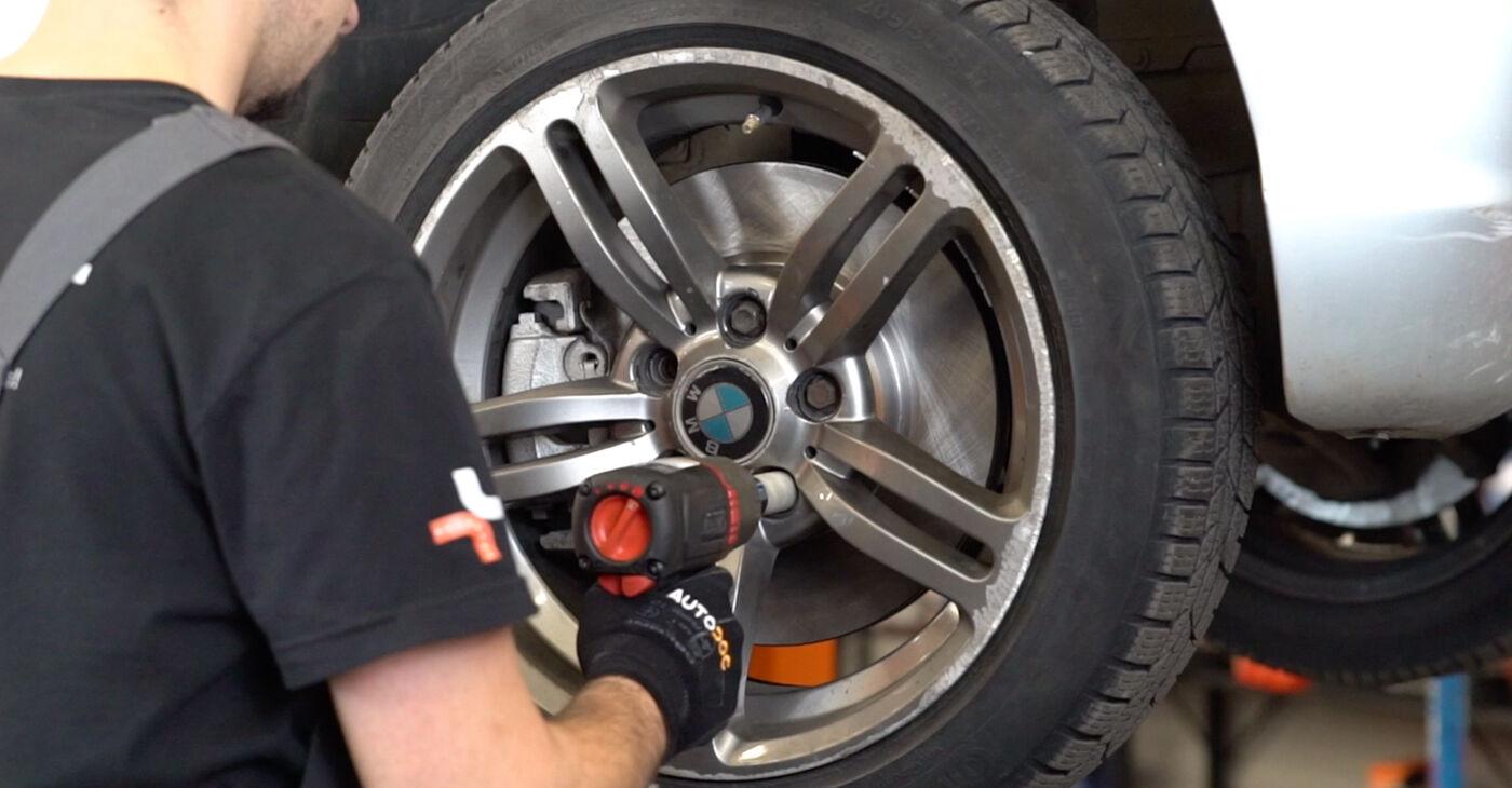 Kā noņemt BMW 3 SERIES 330d 3.0 2002 Bremžu šļūtene - viegli izpildāmas tiešsaistes instrukcijas
