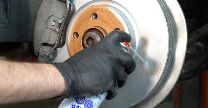 Wie schwer ist es, selbst zu reparieren: Spurstangenkopf Audi A4 B8 Limousine 1.8 TFSI 2013 Tausch - Downloaden Sie sich illustrierte Anleitungen