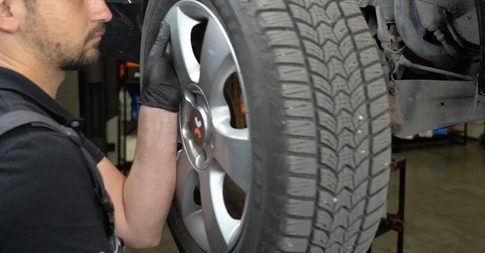 Wie man Bremsbeläge beim SKODA OCTAVIA Combi (1Z5) 2009 austauscht – Downloaden Sie sich PDF-Anleitungen und Video-Tutorials
