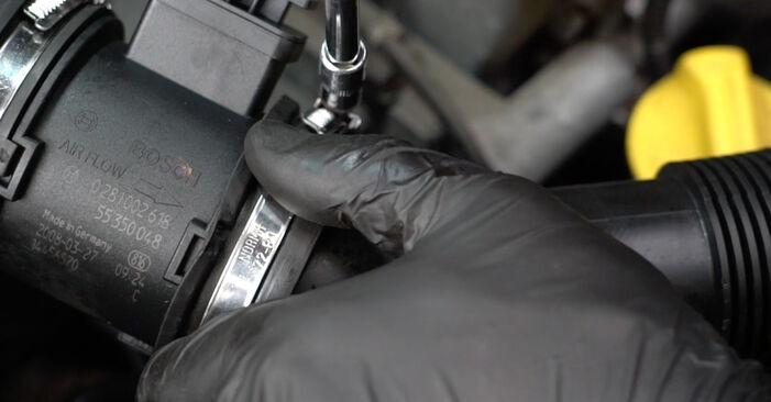 Hvordan man udskifter OPEL Corsa D Hatchback (S07) 1.3 CDTI (L08, L68) 2007 Gløderør - trin-for-trin manualer og video vejledninger