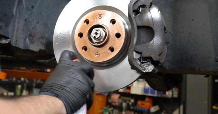 Как се сменя Свързваща щанга на Opel Corsa D 2006 - безплатни PDF и видео уроци