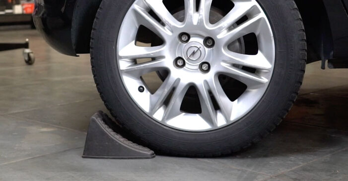 Как се сменя Колесен лагер на Opel Corsa D 2006 - безплатни PDF и видео уроци