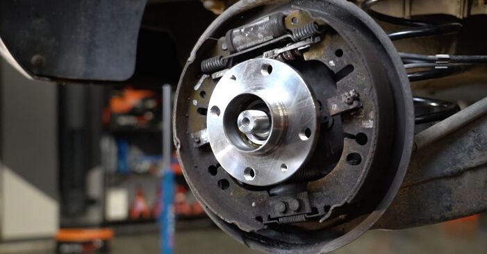 Schritt-für-Schritt-Anleitung zum selbstständigen Wechsel von Opel Corsa D 2010 1.3 CDTI (L08, L68) Radlager