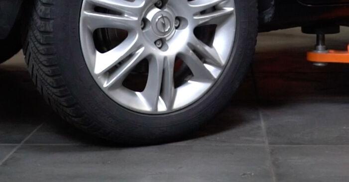 Austauschen Anleitung Radlager am Opel Corsa D 2007 1.3 CDTI (L08, L68) selbst