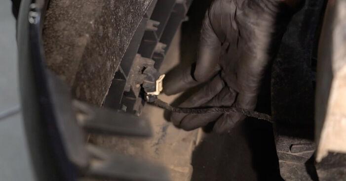 Hvordan man skifter Forlygter på OPEL Corsa D Hatchback (S07) 2009 - råd og tricks