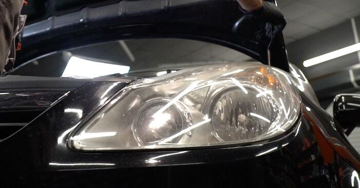 Opel Corsa D 1.2 (L08, L68) 2008 Forlygter udskiftning: gratis værksteds manualer