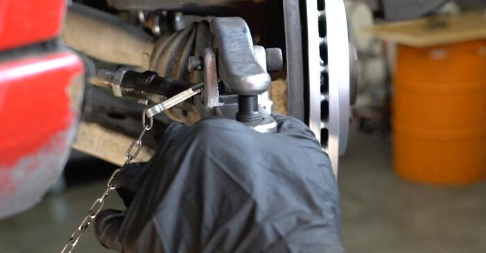 SEAT IBIZA 1.9 SDI Spurstangenkopf ausbauen: Anweisungen und Video-Tutorials online