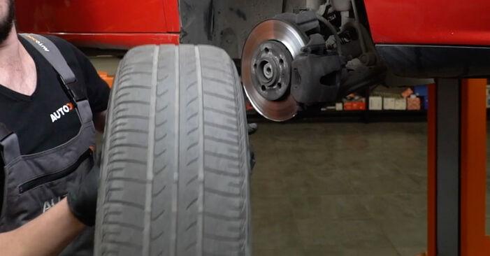 Cómo reemplazar Discos de Freno en un SEAT Ibiza III Hatchback (6L) 2007: descargue manuales en PDF e instrucciones en video