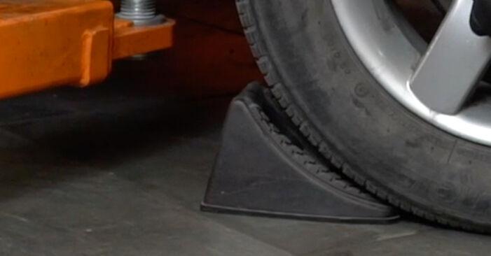 Wie Bremsbeläge SEAT Ibiza III Schrägheck (6L) 1.4 16V 2003 austauschen - Schrittweise Handbücher und Videoanleitungen