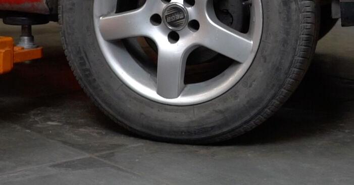 Bremsbeläge Ihres Seat Ibiza 6l1 1.2 2002 selbst Wechsel - Gratis Tutorial