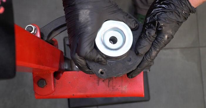 Wie schwer ist es, selbst zu reparieren: Domlager Seat Ibiza 6l1 1.9 TDI 2008 Tausch - Downloaden Sie sich illustrierte Anleitungen