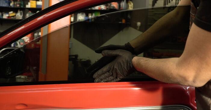 Kako zamenjati Kljucavnice zunaj na SEAT Ibiza III Hatchback (6L) 2006 - nasveti in triki