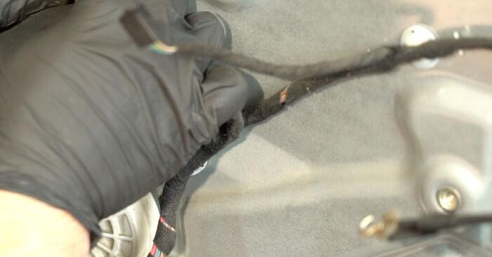 SEAT IBIZA 2009 Kljucavnice zunaj priročnik za zamenjavo s koraki