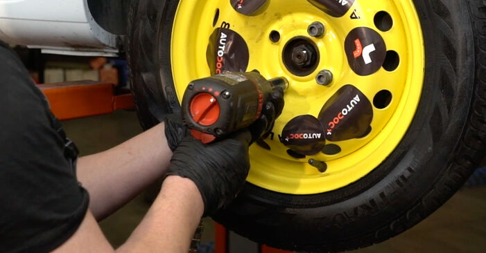 RENAULT CLIO 2012 Filtre à Carburant manuel de remplacement étape par étape