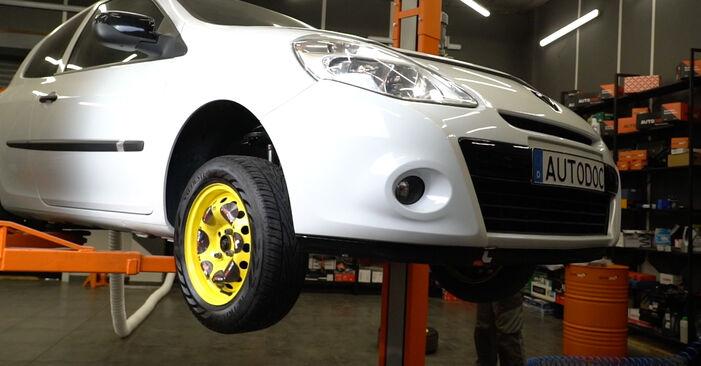 Combien de temps dure le remplacement : Filtre à Carburant sur Renault Clio 3 2013 - manuel PDF informatif