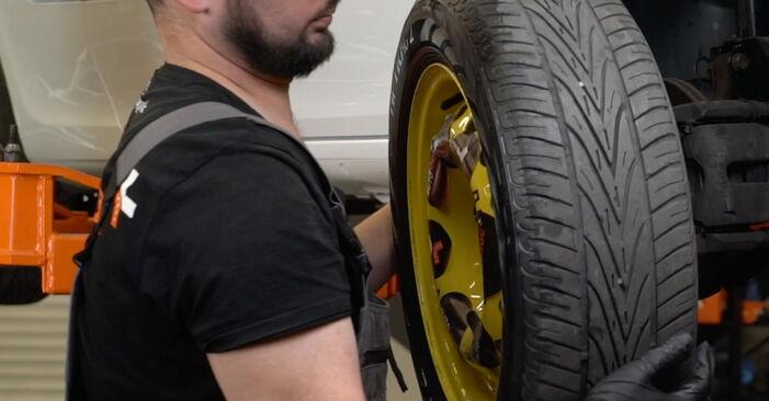 Wie schmierig ist es, selber zu reparieren: Keilrippenriemen beim Renault Clio 3 1.2 16V 2011 wechseln – Downloaden Sie sich Bildanleitungen