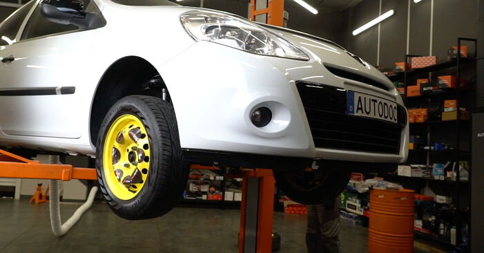 Bremsscheiben Renault Clio 3 1.4 16V 2007 wechseln: Kostenlose Reparaturhandbücher