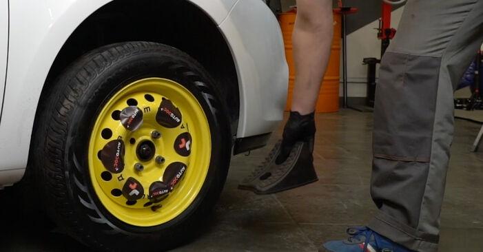Bremsbeläge Ihres Renault Clio 3 2.0 16V Sport (CR0N, CR1P) 2013 selbst Wechsel - Gratis Tutorial