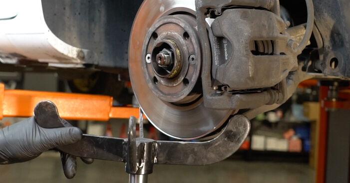 Federn beim RENAULT CLIO 1.4 16V 2012 selber erneuern - DIY-Manual