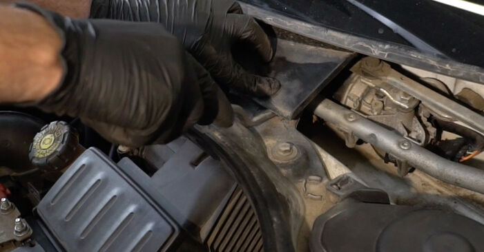 Changing of Wiper Motor on Renault Clio 3 2013 won't be an issue if you follow this illustrated step-by-step guide