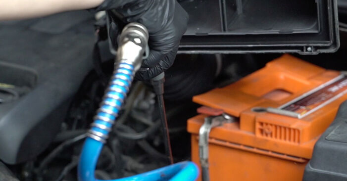How hard is it to do yourself: Air Filter replacement on Peugeot 307 SW 1.6 HDI 90 2006 - download illustrated guide