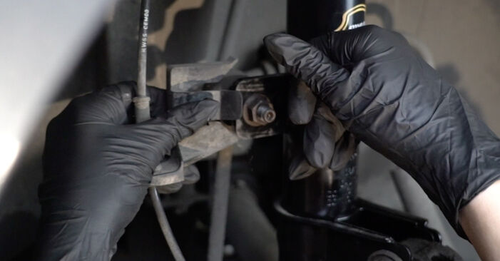 How to remove PEUGEOT 307 2.0 HDi 135 2004 Anti Roll Bar Links - online easy-to-follow instructions