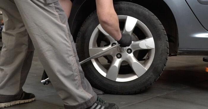 Bremsscheiben Peugeot 307 SW 2.0 HDI 110 2002 wechseln: Kostenlose Reparaturhandbücher