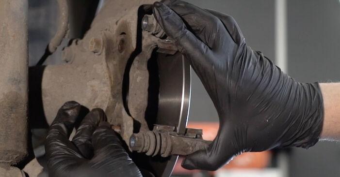 Wie Bremsscheiben Peugeot 307 SW 1.6 HDI 110 2000 tauschen - Kostenlose PDF- und Videoanleitungen