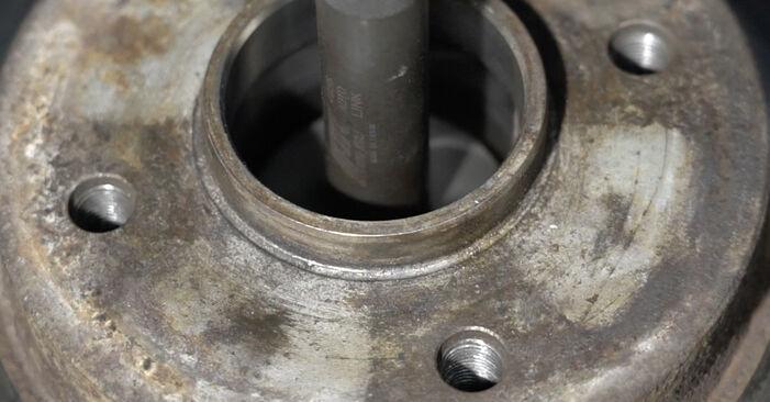 Wie schwer ist es, selbst zu reparieren: Radlager Peugeot 307 SW 1.6 HDI 90 2006 Tausch - Downloaden Sie sich illustrierte Anleitungen