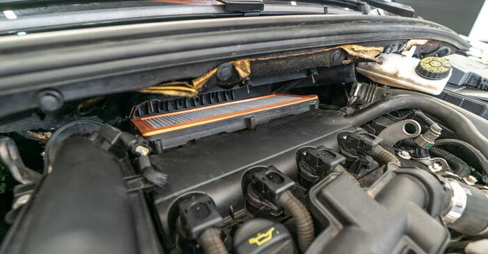 Austauschen Anleitung Luftfilter am Peugeot 308 I 2007 1.6 HDi selbst