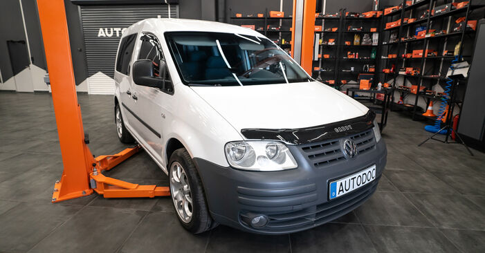 Querlenker Ihres VW Caddy 3 1.9 TDI 2012 selbst Wechsel - Gratis Tutorial