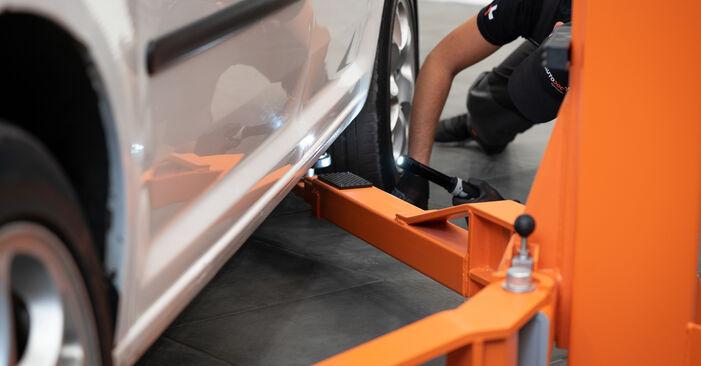 Querlenker VW Caddy 3 2.0 EcoFuel 2006 wechseln: Kostenlose Reparaturhandbücher