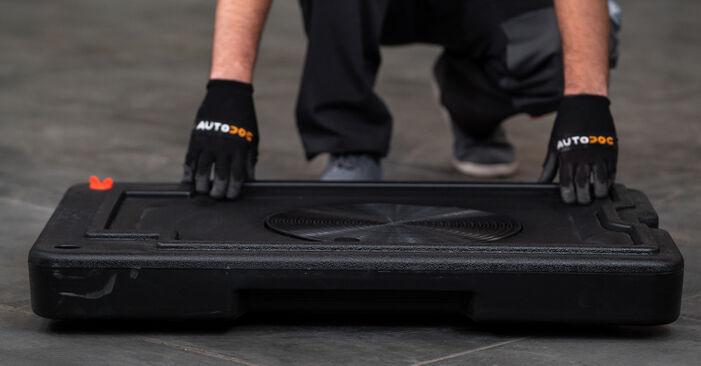 Replacing Brake Calipers on VW Caddy 3 Van 2014 1.9 TDI by yourself