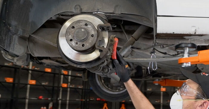 How to change Brake Calipers on VW Caddy 3 Van 2004 - free PDF and video manuals