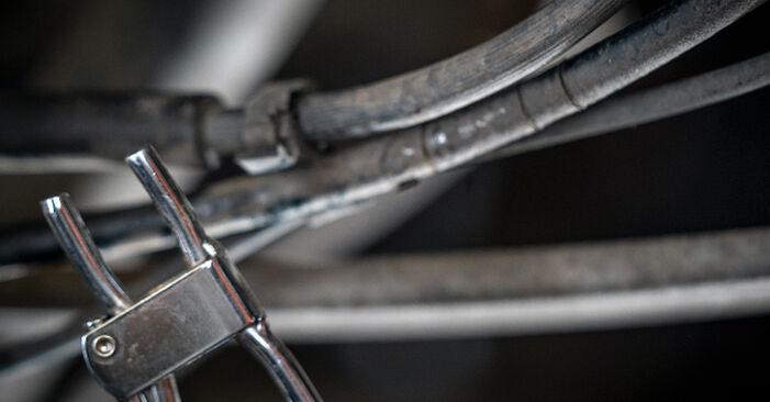 Austauschen Anleitung Bremssattel am VW Caddy 3 kasten 2014 1.9 TDI selbst