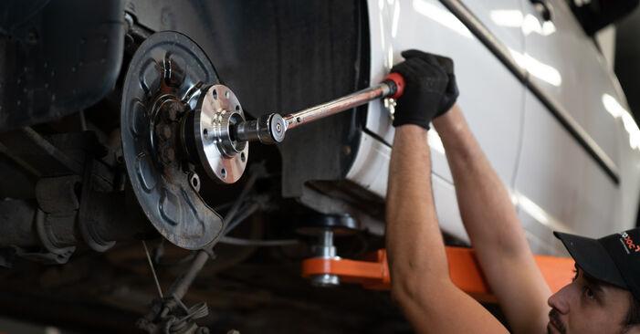 Jak vyměnit Lozisko kola na VW Caddy 3 Van 2004 - bezplatné PDF a video návody