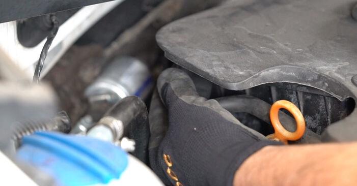 VW CADDY 1.9 TDI Zapalovaci svicka výměna: online návody a video tutoriály