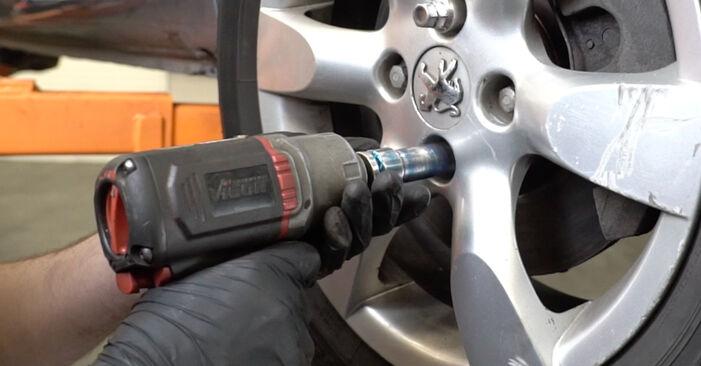 Peugeot 307 SW 1.6 16V 2002 Spyruoklės keitimas: nemokamos remonto instrukcijos