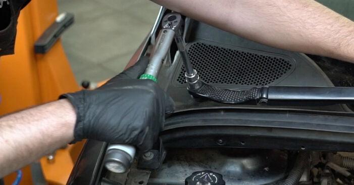 Išsamios Peugeot 307 SW 2000 2.0 HDi 135 Spyruoklės keitimo rekomendacijos