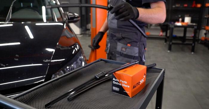 Scheibenwischer Touran 1t3 1.4 TSI 2012 wechseln: Kostenlose Reparaturhandbücher