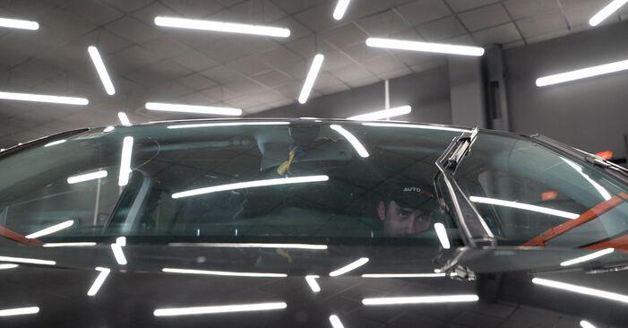 Slik bytter du VW TOURAN (1T3) 1.6 TDI 2011 Vindusviskere selv – trinn-for-trinn veiledninger og videoer
