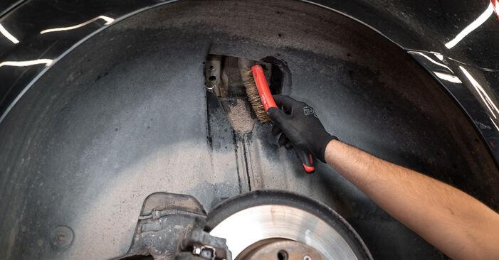 Stoßdämpfer Touran 1t3 1.4 TSI 2012 wechseln: Kostenlose Reparaturhandbücher