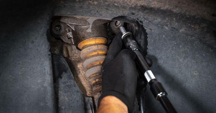VW TOURAN 2011 Amortizatorius išsami keitimo instrukcija